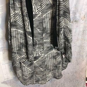 Tops - Flowy kimono